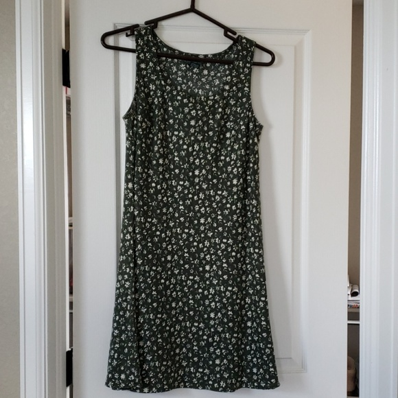 Abercrombie & Fitch Dresses & Skirts - Abercrombie & Fitch green linen sundress